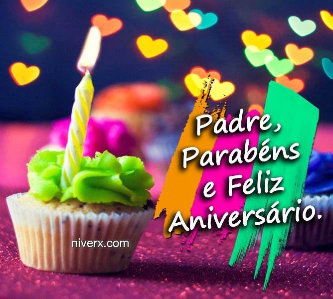 feliz-aniversário-para-padre-celular-whatsapp-facebook-imagem 2