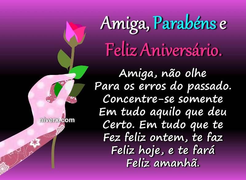 Mensagem de Aniversário para Amiga Especial Com Rosas